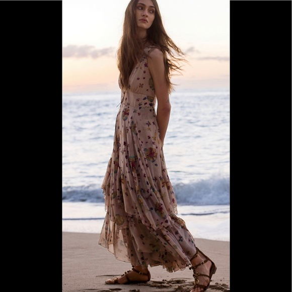 Free People Dresses & Skirts - 🥰💝Free People Catching Glances Tiered Dress 0